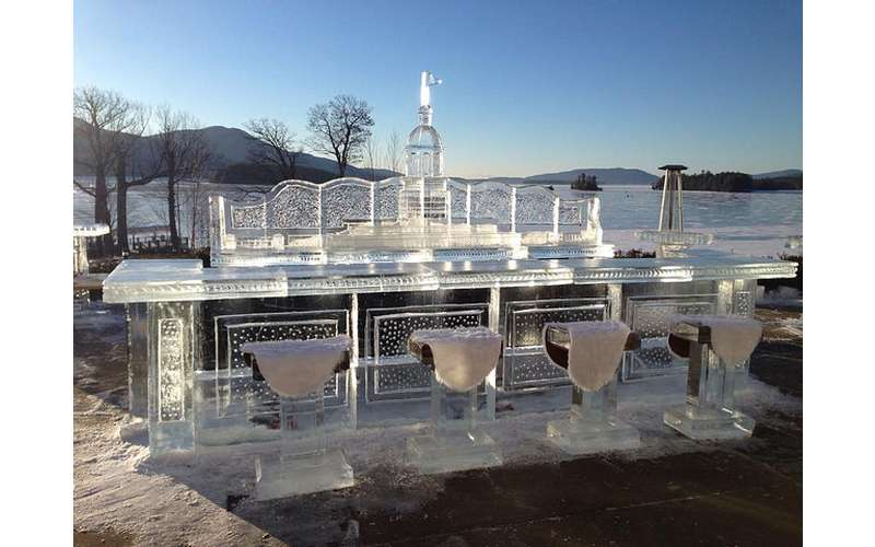 Glacier ice Bar & Lounge